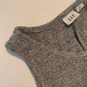 LIKE NEW REALLY COMFY Gap Racerback Grey Dress